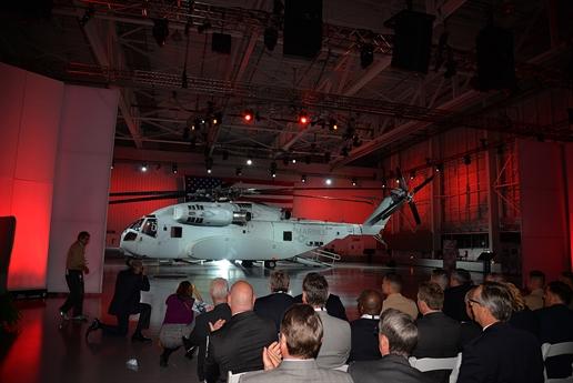 Trước thực tế này, thông tấn Nga tính toán rằng, với 27 triệu USD tăng lên được nhân với 200, Lực lượng Thủy quân Lục chiến Mỹ sẽ phải chi trả xấp xỉ thêm 5,4 tỉ USD so với chi phí ban đầu - mức kinh phi không tưởng dành cho trực thăng vận tải.