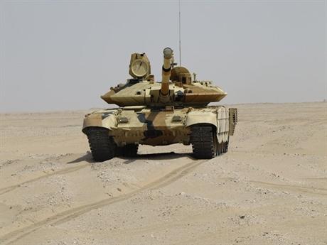 Vị lãnh đạo của Rostec cho biết thêm, hợp đồng có thể sớm được ký kết. Trước khi thông tin này được công khai, phiên bản T-90MS đã thử nghiệm thành công tại sa mạc ở Kuwait và quân đội nước này rất hài lòng với kết quả thu được. Vì vậy, bản hợp đồng T-90MS sẽ nhanh chóng được ký kết.