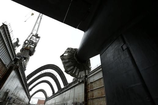 Theo nguồn tin này, hiện Hải quân Mỹ đã bắt đầu xây dựng 12 tàu ngầm hạt nhân chiến lược thế hệ mới thuộc lớp Columbia, chúng sẽ thay thế cho loại tàu ngầm Ohio hiện đang phục vụ trong lực lượng Hải quân nước này. Toàn bộ kế hoạch dự án tạo ra tàu ngầm mới này là 15 năm và kinh phí để thực hiện nó được Bộ Quốc phòng cung cấp khoảng 125 tỷ USD.