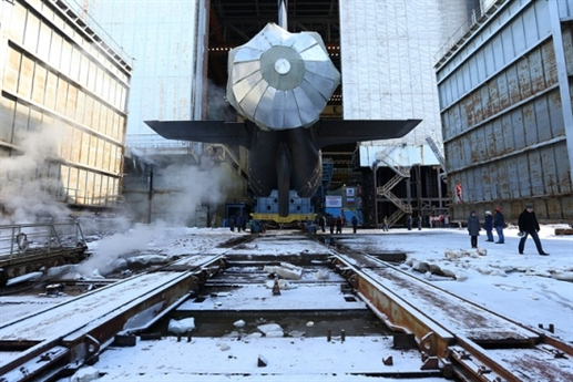 Tàu ngầm Kazan được đóng tại xưởng đóng tàu Sevmash từ năm 2009. Nó là chiếc tàu ngầm thứ hai gia đình tàu ngầm lớp Yasen và là chiếc tàu ngầm đầu tiên được nâng cấp của Dự án 885M. Dự kiến, tàu ngầm Kazan sẽ được bàn giao cho Hạm đội Phương Bắc của Nga vào năm 2018.