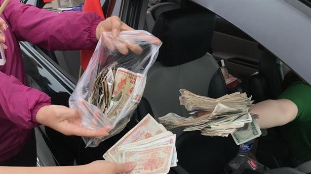 Dân đổi tiền lẻ đối phó BOT, Bến Thủy lại dậy sóng