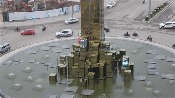 Hạ Long xây tháp đồng hồ 35 tỷ: Để xem giờ à?