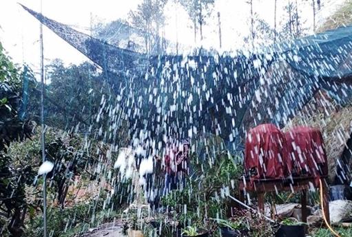Trước đó, ngày 22/4 khoảng 13h, trên địa bàn cũng xuất hiện cơn mưa lớn kèm theo mưa đá trên diện rộng tại một số vị trí.