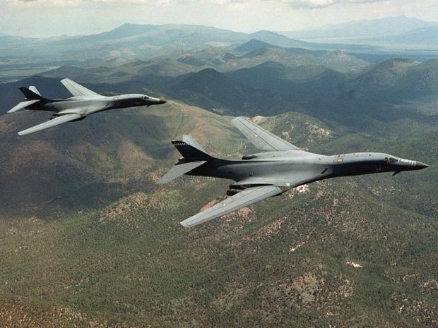 """Đại diện của PACAF cho biết thêm, hoạt động của máy bay Mỹ là một phần của cam kết hỗ trợ an ninh khu vực cũng như cam kết với các đồng minh cụ thể của Mỹ. Đây là các hoạt động thường xuyên và """"không liên quan đến bất kỳ tình huống hay một quốc gia cụ thể nào""""."""