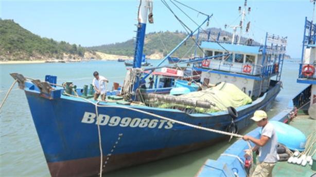 17 tàu cá đắp chiếu: Ngư dân khẳng định thép Trung Quốc