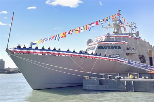 Hãng Sputnik dẫn nguồn tin Hải quân My cho biết, Bộ Quốc phòng nước này vừa quyết định ký hợp đồng có trị giá gần 1 tỷ USD với công ty đóng tàu hàng đầu của Mỹ Austal USA để phát triển loại tàu chiến ven bờ (LCS) mới cho Hải quân nước này.