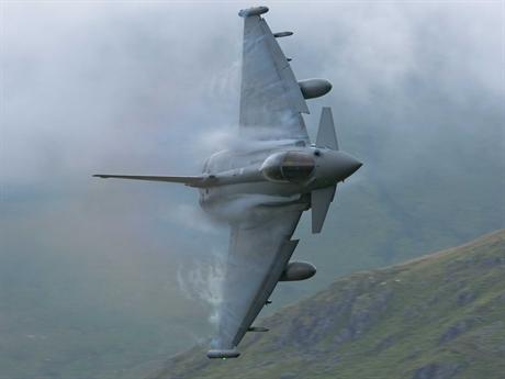 Về trang bị vũ khí, máy bay này vẫn sẽ được trang bị tên lửa đối không tầm xa Meteor.