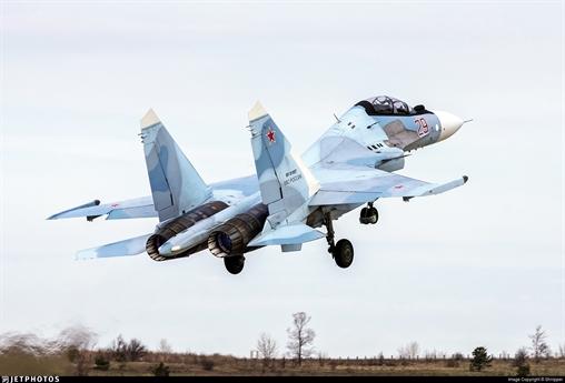 Hiện nay Nga là một trong những quốc gia xuất khẩu vũ khí hàng đầu thế giới và họ tiếp tục tăng cường vị trí này trên thị trường quốc tế. Những vũ khí và thiết bị quân sự của Nga càng chứng minh được khả năng của chúng và được nhiều nước trên thế giới quan tâm.