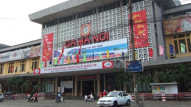 Xây nhà 40-70 tầng tại ga Hà Nội: Trần tình mới
