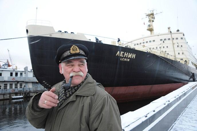 Tàu phá băng Lenin chính thức đi vào hoạt động từ năm 1959. Nhiệm vụ của tàu Lenin là vận chuyển hàng hóa từ Liên Xô tới vùng cực bắc, nơi có các nhà khoa học và các trạm nghiên cứu của Liên Xô. Nguồn ảnh: Tass.