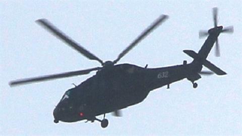 Trước đây, Bắc Kinh đã mua 24 trực thăng Black Hawk của Mỹ vào năm 1984, tuy nhiên, số lượng này không đủ để phục vụ nhu cầu của Quân Giải phóng Nhân dân Trung Quốc. Sau sự kiện Thiên An Môn vào năm 1989, Washington đã cấm xuất khẩu thiết bị quân sự cho Trung Quốc, bao gồm cả loại trực thăng này.