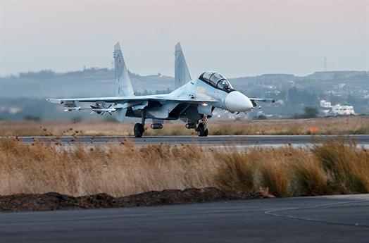 Theo nguồn tin từ chỉ huy Cục tác chiến Bộ Tổng tham mưu quân đội Nga, Thượng tướng Sergai Rudskoy thông báo, quân đội chính phủ Syria với sự giúp đỡ của Lực lượng hàng không vũ trụ Nga (VKS) đã giành được những thắng lợi quan trọng trong hai tuần qua ở phía Đông và miền Trung nước này.