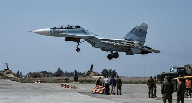 Không quân Nga với những chiếc Tu-22M3, Su-25, Su-34, Su-35, Su-30SM, … đang đóng vai trò vô cùng quan trọng trong cuộc chiến tại Syria về việc chi viện hỏa lực trong tấn công cũng như trong phòng ngự.