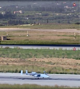Denis Fedutinov, nhà báo trực thuộc tạp chí chuyên về thiết bị bay không người lái của Nga nhận xét: \