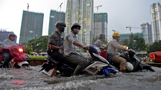 Chống ngập đường Nguyễn Hữu Cảnh: Hợp đồng nhiều điểm mập mờ