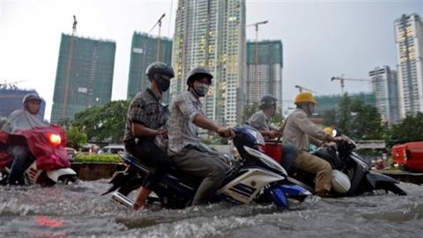 Siêu máy bơm 'thua' ngập đường Nguyễn Hữu Cảnh: Điều ngộ nhận