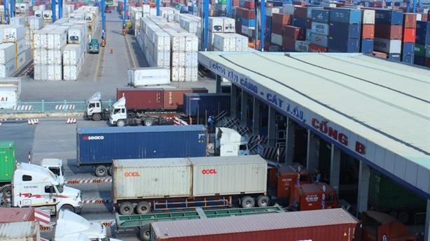 8.000 container chở rác về Việt Nam: Tiền mất, tật mang