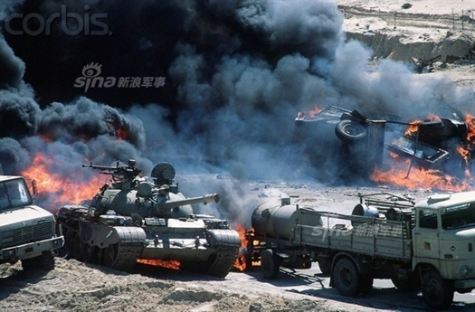 Sau hơn một tháng bị tấn công dữ dội trong cuộc chiến Vùng Vịnh, ngày 26/2/1991, Quân đội Iraq thiệt hại nặng nề và không còn khả năng kháng cự trước lực lượng liên quân do Mỹ dẫn đầu. Tổng thống Saddam Hussein buộc phải ra lệnh cho các tướng lĩnh thực hiện phương án mà ông gọi là \