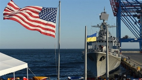 Poroshenko: Ukraine vay chao gau Nga,chay toiEU va NATO