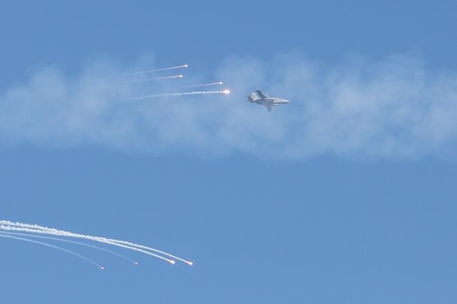 Cường kích Su-25 Không quân Ukraine tấn công mục tiêu giả định trên Biển Azov trong cuộc tập trận gần thị trấn Urzuf.