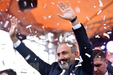 Ong Putin 'muon' ke Mykiem soat Armenia, giu the Nam Caucasus