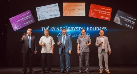Khach ban khoan the ky nghi Crystal Holidays