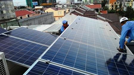 Đổi cách tính giá điện mặt trời