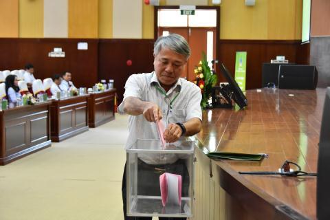PVFCCo ra mat Chu tich HDQT va Tong giam doc moi