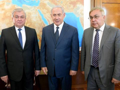 Nga noi danh thep chan duong khong kich Syria cua Israel