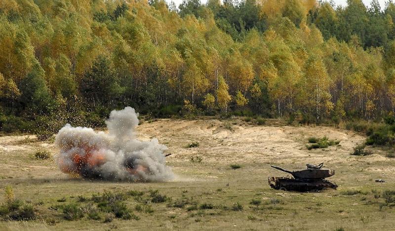 Theo nhận định của Brig Ben Barry, chuyên gia hàng đầu của Viện Quốc tế Nghiên cứu Chiến lược London (IISS), đạn pháo và vũ khí chống tăng của NATO hiện có hầu như không có tác dụng khi tấn công tăng Armata của Nga.