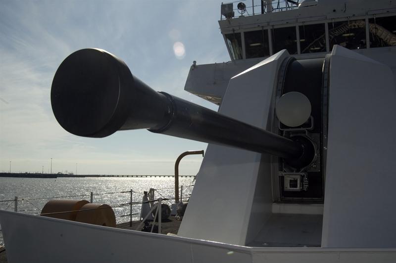 Tại nhiều cuộc thử nghiệm với mục tiêu là công sự phòng ngư, tàu thuyền cỡ nhỏ cho thấy là sức tấn công của pháo hạm Mk110 là rất mạnh mẽ. Loạt đạn pháo 57mm có thể phá hủy cả công sự kiên cố nháy mắt, tiêu diệt hàng loạt tàu thuyền nhanh tới mức không ngờ đến.