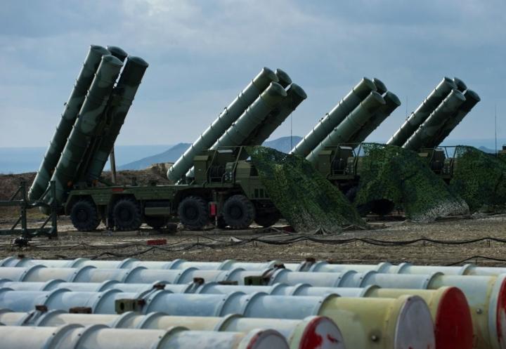 Interfax dẫn tuyên bố của ông Sheikh Mohammed bin Abdulrahman Al-Thani hôm 4/3 cho biết, hiện Doha và Moscow vẫn chưa đạt được bất kỳ thỏa thuận chính thức nào về việc mua hệ thống tên lửa phòng thủ S-400 của Nga.