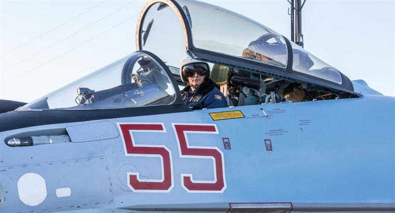 Thông tin về thương vụ này được nguồn tin Bộ Quốc phòng Nga xác nhận, bản hợp đồng tiêm kích thế hệ 4++ Su-35 giữa Nga và Ai Cập có tổng trị giá lên tới trên 2 tỷ USD.