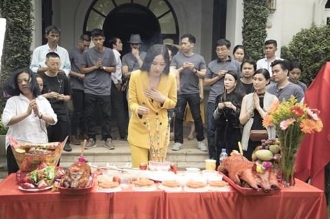 Nhacchuyen la hoa hau, Mai Phuong Thuy an y dieu gi?