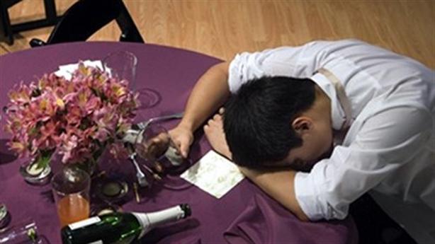 Chồng không bỏ rượu, sau nhiều biến cố từ đó mà ra