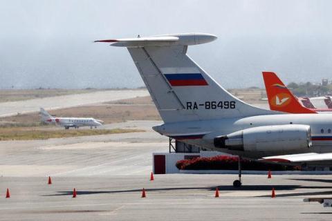 Mua may bay Nga, Venezuela de phong My muon tay Juan Guaido