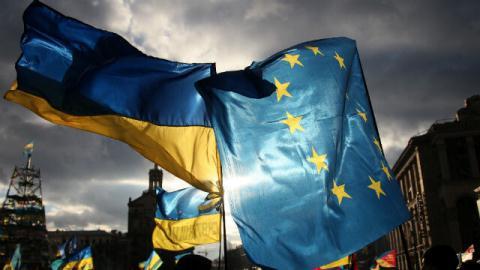 Cuu Bo truong cao buoc EU dang pha huy kinh te Ukraine