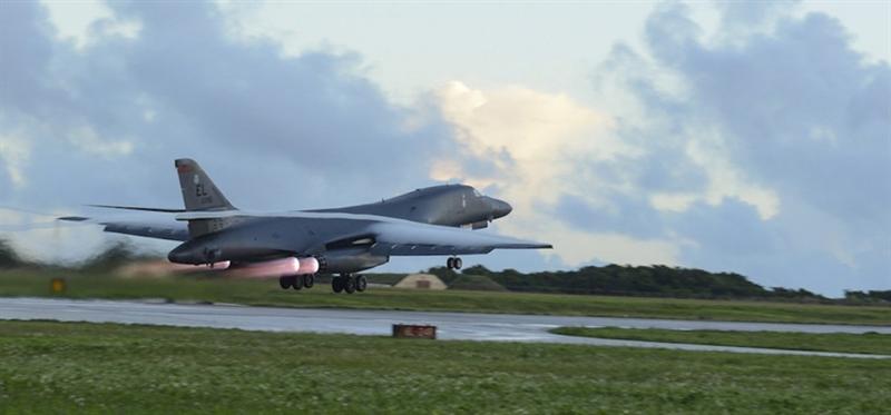 Air Force Times dẫn dữ liệu của một trong các tiểu ban thuộc Quốc hội tiết lộ, tình hình B-1B ở mức xấu đến nỗi phi hành đoàn được chuyển sang các máy khác vì không có đủ máy bay để huấn luyện.