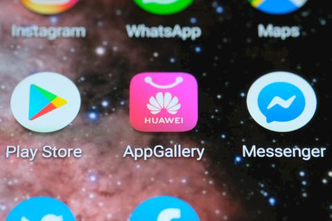 Huawei thủ 1 triẹu diẹn thoại dùng hẹ dièu hành rieng