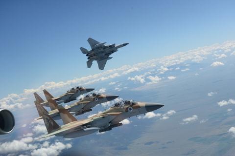 Israel tung don xuyen bien gioi, S-300 Syria van bat dong