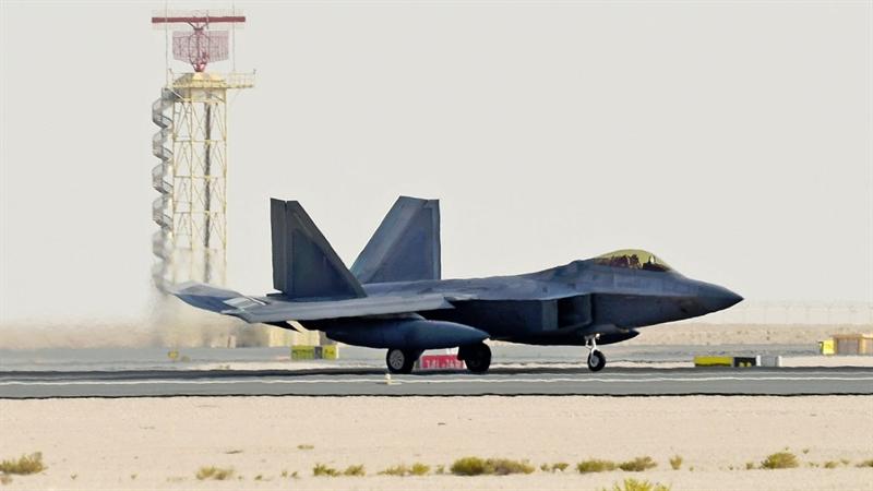 Nhận định trên được phi công của RAAF nói đến sau khi Mỹ cho phi đội tiêm kích tàng hình F-22 quay trở lại Trung Đông giữa lúc căng thẳng giữa Mỹ và Iran chưa có dấu hiệu hạ nhiệt. Trong trường hợp xảy ra cuộc chiến tranh toàn diện với Iran, sứ mệnh chủ chốt của F-22 sẽ là tấn công hủy diệt các tổ hợp phòng không của Tehran, đặc biệt là S-300.
