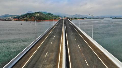 Cao toc Ha Long–Van Don:Khai thac toc do toi da 100 km/h