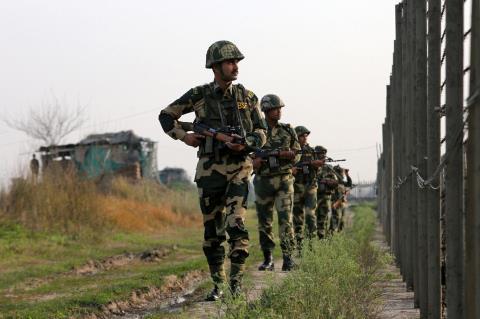 Xung dot Kashmir ngay cang nong bong...