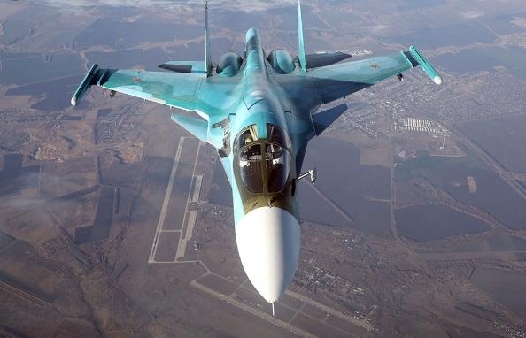 Máy bay ném bom này khác biệt so với các máy bay ném bom của phương Tây ở các tính năng kỹ thuật bay và khả năng cơ động. Chúng cũng có hệ thống kính ngắm lớn để hoạt động trọng bán kính rộng hơn.