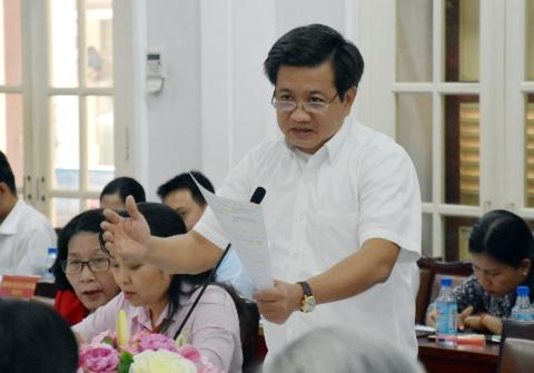 Giai quyet choong Doan Ngoc Hai thoi viec: De thau dao...