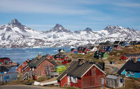 Khong mua duoc Greenland, ong Trump dinh lam gi?