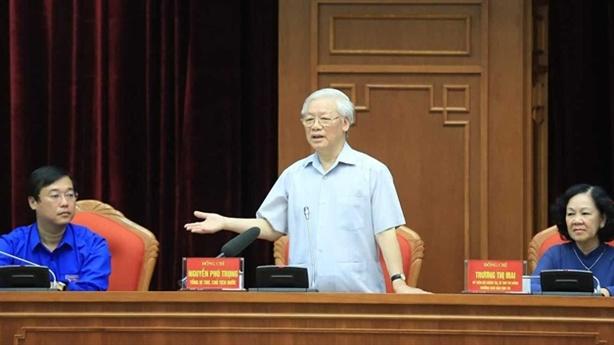 Tổng Bí thư Nguyễn Phú Trọng gặp gỡ đảng viên trẻ