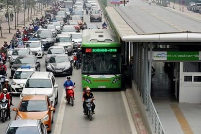 Ha Noi: Lan thu 3 tinh mo duong rieng cho xe buyt