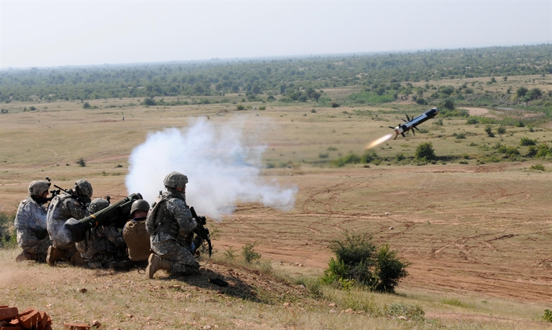 Trang Defense News dẫn tuyên bố của vị quan chức quốc phòng Ukraine là Stepan Poltorak cho biết, việc được trang bị dòng tên lửa chống tăng FGM-148 Javelin không mang lại hiệu quả như kỳ vọng. \