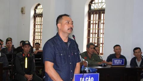 Xu trum go lau Phuong rau: Loi khai la 'tien boi duong'